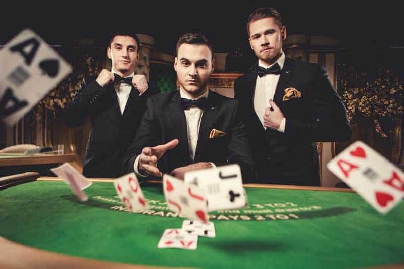 Giúp bạn đơn giản hóa cách lựa chọn sòng bạc Poker trực tuyến