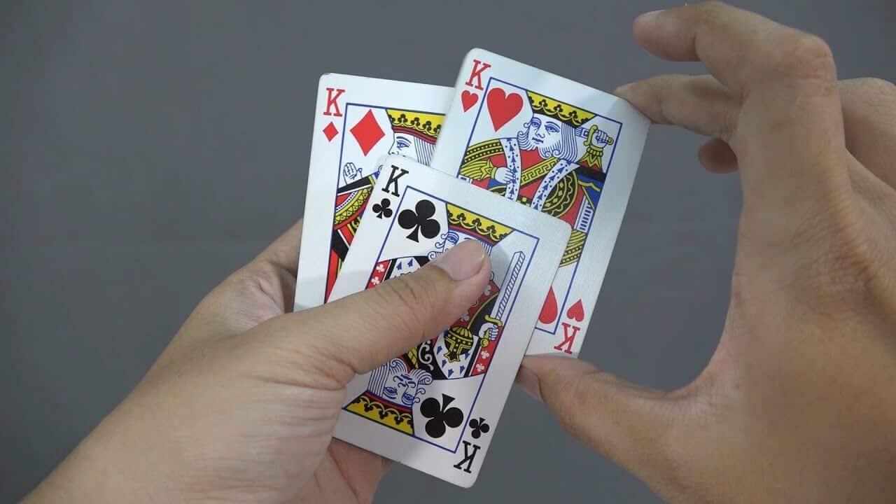 Một số công cụ gian lận trong bài ba cây
