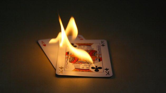 So sanh game bai Blackjack voi cac loai hinh tro choi co bac khac